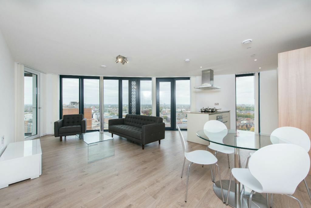 LUXURY 2 bed 2 bath STRATFORD PLAZA UNEX TOWER E15 BOW CHURCH ROAD BROMLEY PUDDING MILL LANE