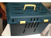 Pet carrier box caddy