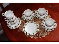 Vintage Grindley tea set + extra plates