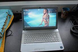 Sony VAIO Laptop Intel Dual Core i7 620M (2.67 - 3.33Ghz) CPU 8GB DDR3 RAM