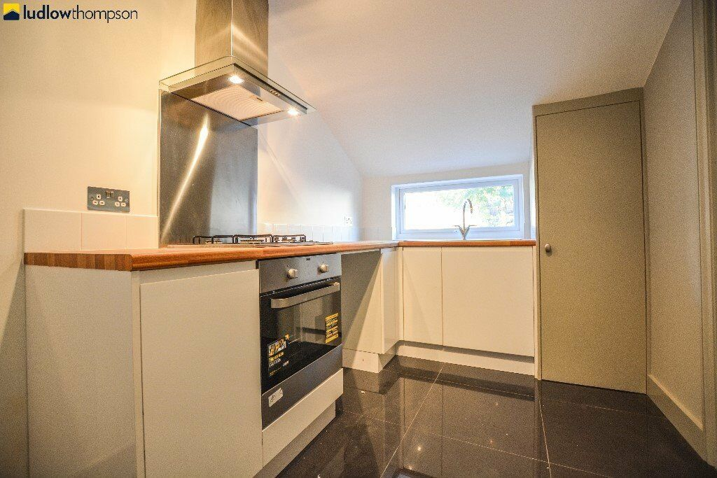 Newly Refurbished First Floor Period Conversion Seconds From Tooting Broadway Underground - SW17
