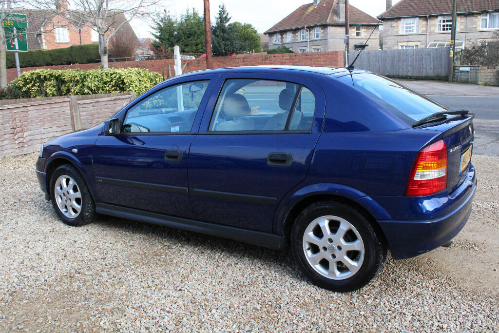 vauxhall astra 2003 1 6 automatic in melksham wiltshire gumtree. Black Bedroom Furniture Sets. Home Design Ideas