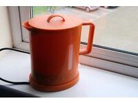 Bodum Bisto kettle - orange colour - used condition.
