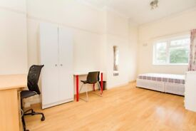LARGE 5BED FLAT 5MINS FROM UNI ON PARSON STREET--PERFECT FOR STUDENTS 2018--ALL DOUBLE BEDROOMS