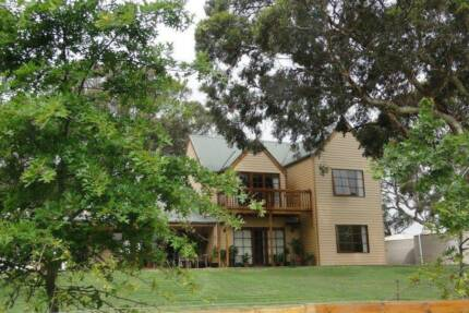 Carpenter /Tradie  To  Share, 15 Acres For Free !!