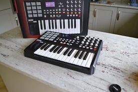 Akai MPK-25 Professional MIDI Keyboard