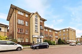 fantastic two double bedroom apartment E8 Call Robert now 02037731221