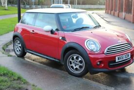 Mini Cooper 2011 Low Mileage Red with White Roof