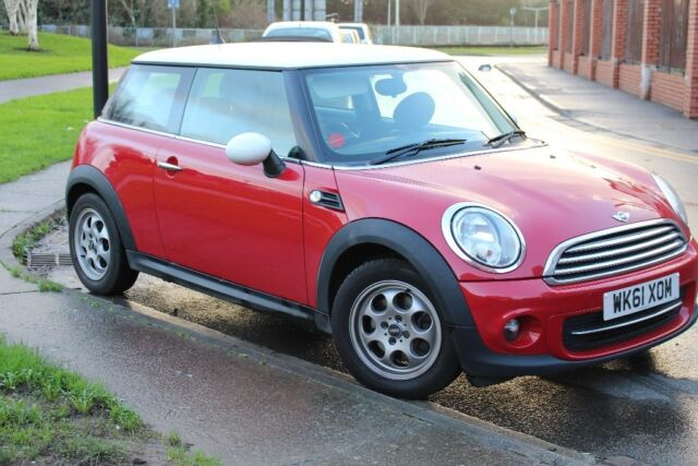 Mini Cooper 2011 Low Mileage Red with White Roof | in Butetown, Cardiff |  Gumtree