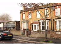 REFURBISHED TWO DOUBLE BEDROOM HOUSE LOCATED MINUTES FROM THE STATION!