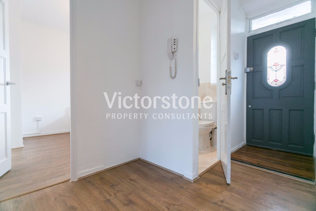 MUST SEE 3/4 BEDROOM APARTMENT IN STEPNEY GREEN MILE END LIVERPOOL STREET BETHNAL GREEN