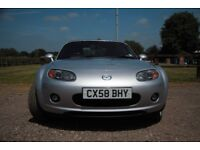 Mazda MX5 Sport. 2.0l 6 speed. Bose sound system 6 x CD. All leather interior. Metallic silver