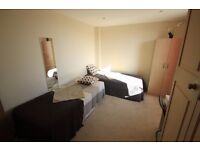LOVELY TWIN ROOM TO RENT IN ARCHWAY CLOSE TO TUBE STATION GREAT CONNECTION WITH CENTRAL. 76A