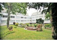 2 bedroom flat in Highfield Court, Highfield Road, Golders Green, NW11