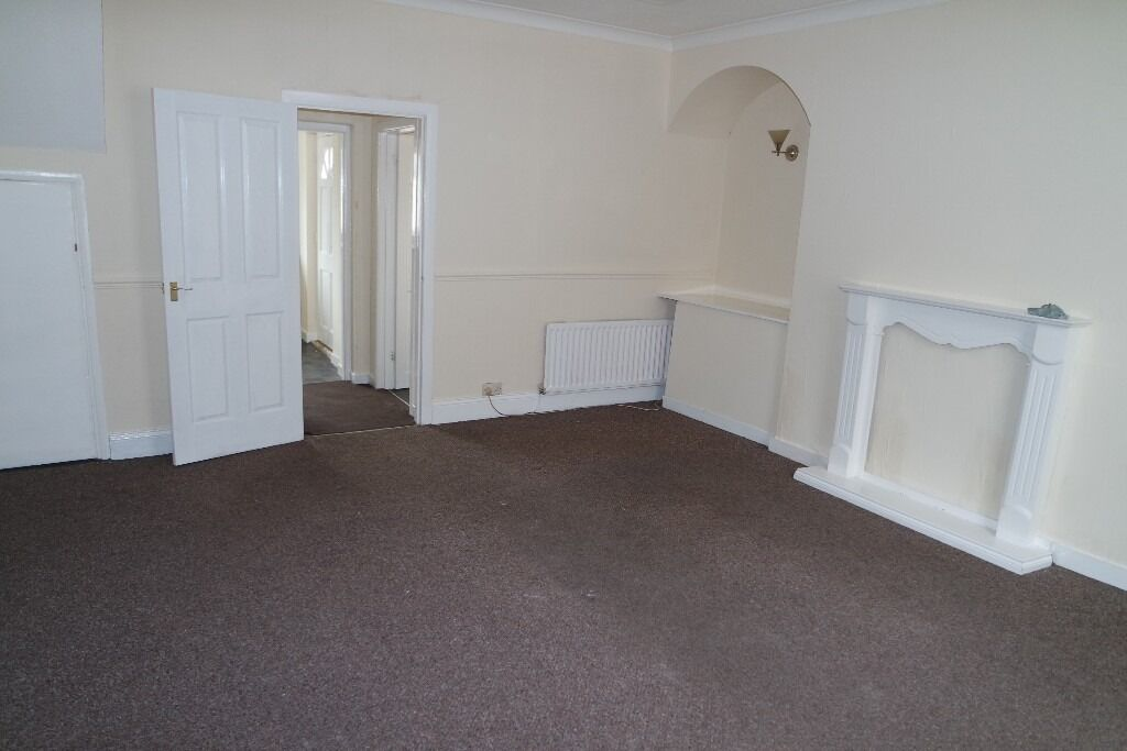 Stanley.No Bond!DSS Welcome!2 Bed Immaculate spacious House.New kicthen and Bathroom!