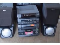SONY 5 CD CHAGER/DOUBLE CASSETTE/RADIO PLAYER 230W CAN BE SEEN WORKING