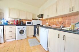 Charming & Spacious 2 Double Bedroom Period Conversion In Upmarket West Hampstead