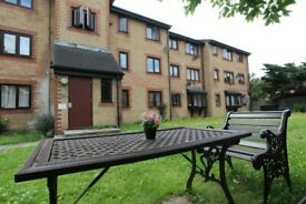 🆕DREAM FOR COUPLE IN STRATFORD - DOUBLE ROOM IN 3 BED HOUSE - #Francis