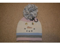 BNWT soft ATMOSPHERE Women's cap with bobble winter snowman with one size cream