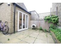 Huge 3 Bed Garden Flat - Stockwell - ONLY £550pw!