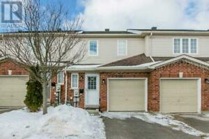 #12 -430 MAPLEVIEW DR E Barrie, Ontario