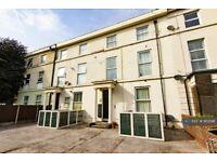 2 bedroom flat in Rock Lane West, Birkenhead, CH42 (2 bed) (#902196)