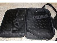 Laptop Case (Belkin)