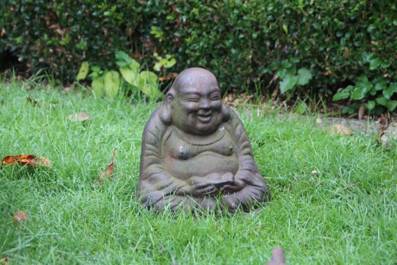 Rostige gartendeko hase weihnachtsmann buddha for Rostige gartendeko