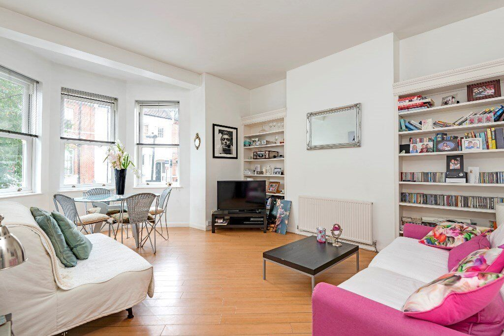 A Stunning newly refurbished 1 x bedroom property in the heart of West Hampstead
