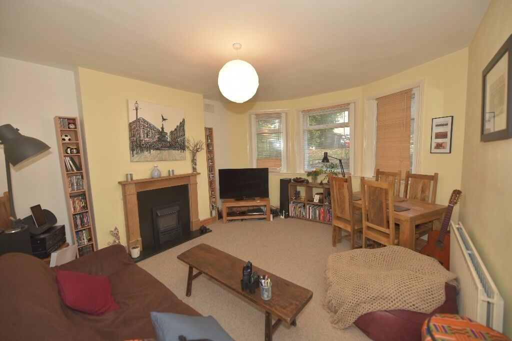 Spacious furn 2 bed Garden flat,to let, 10 min walk from Lee station