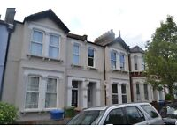 Split Level 4 Bed & 2 Bath Completely Brand New Refurb! Mordern Throughout Located SE15, Must View!!