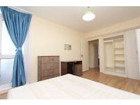 Big and spacious double room with balcony to let
