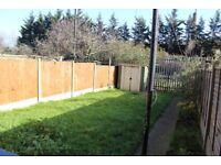 3 bedroom - split level - garden - Victoria Park - A12 - Docklands - Mile end