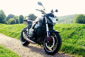 LIKE NEW - HONDA CB1000R BLACK - £4300 ONO