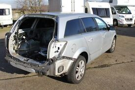 *** BREAKING *** 2007 vauxhall astra 1.8 estate BREAKING ALL PARTS AVAILABLE. for spares or parts