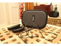 Bose QuietComfort 25 Carry Case for Headphones - (Black) and accessories