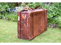 Antique Leather Suitcase U.S.A Large Trunk,leather,suitcase,luggage,shop display