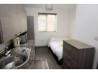 Ground Floor Studio Flat On Oxford Road To Let All bills included (except council tax)