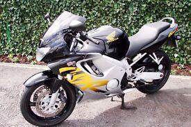 CBR 600 F 1999 V Only 30 k. Brand new Bridgestone tyres. Immaculate. New MOT PX POSSIBLE