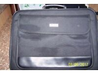Laptop soft shell case/bag great condition loads of side pockets for all your stationary & gadgets