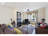 MUST SEE! Fab 4 Double Bedroom House- Roof Terrace & Patio Garden- Minutes From Fulham Broadway SW6