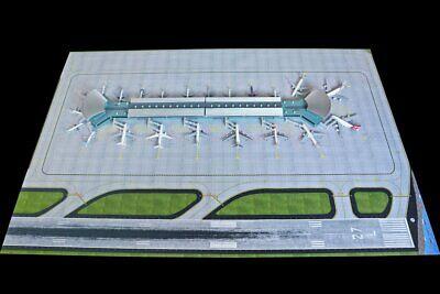Gemini Jets 2019 Deluxe Airport Terminal & Mat Set 1:400 Scale GJARPTC Bundle