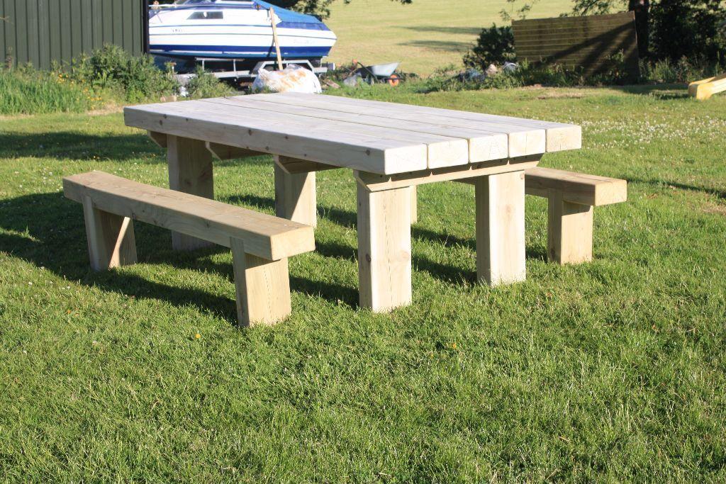 sleeper table sleeper bench railway sleepers garden table. Black Bedroom Furniture Sets. Home Design Ideas