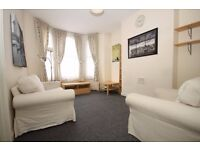 TWO DOUBLE BEDROOM FLAT CLAPHAM NORTH/STOCKWELL