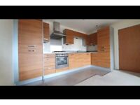 Lovely two 2 bed room flat to rent in Greenford.DSS applicants with guarantor.£1425 pcm.Central Line