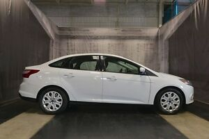 2014 Ford Focus SE w/ LOW KMS / AUTOMATIC