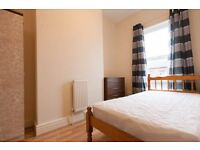 Rooms available £52 L15 0HT Bagot st Nr Asda Smithdown rd, Great for City Centre Call 07989 55261