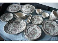 JOHNSON BROS 'Indian Tree' pattern China – 40 Pieces in perfect, as new condition