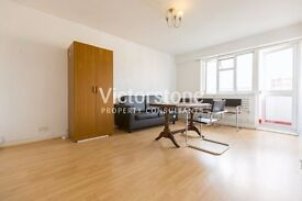 AMAZINGLY SPACIOUS THREE DOUBLE BEDROOM FLAT IN WHITECHAPEL E1