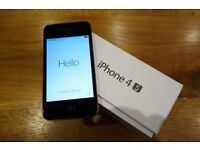 iPhone 4S - 8gb Black in Excellent Condition (on 3)